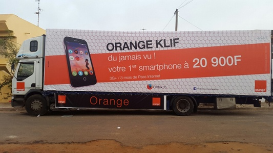 Camion Orange Klif au Sénégal