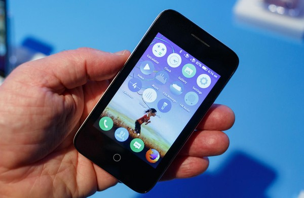 Orange Klif avec Firefox OS (Stephen Shankland/CNET)